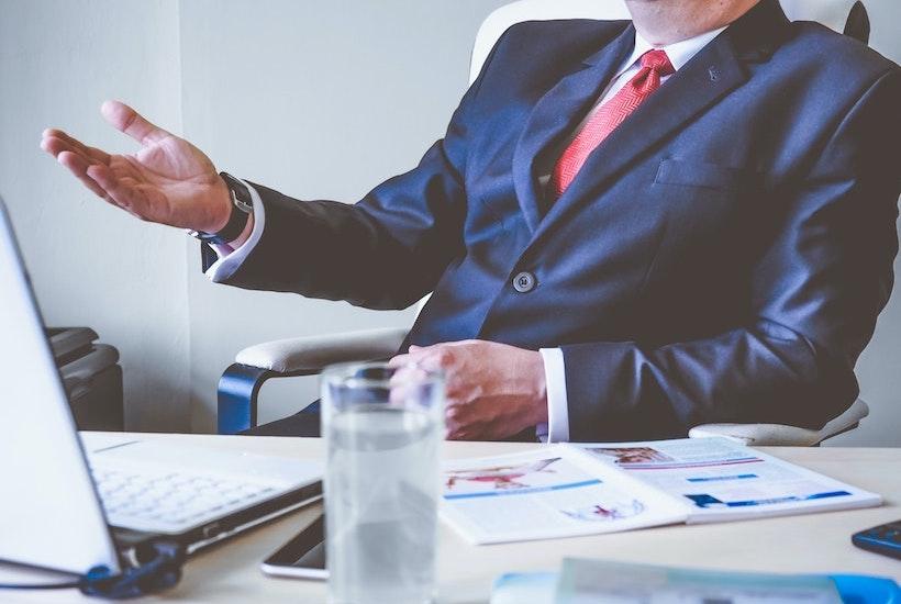 La diferencia entre una compañía de seguros, un bróker y un agente